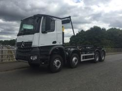 2017 32T Mercedes Arocs Hookloader with Hyva Sheeting System