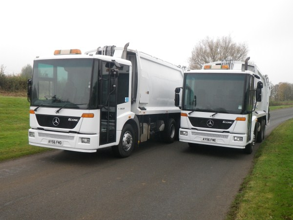2006 Mercedes Econic, Geesink 70/30 Split body, Terberg Triple Bin Lift