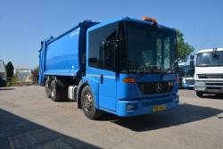 Euro 5 2011 26T Mercedes Econic, Olympus with Terberg Omnidel Bin Lift
