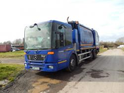 Euro 5 2012 26T, Mercedes Econic Mid Steer, Geesink GPMIII with integral bin lift